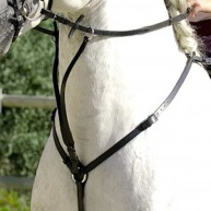 Подперсья для лошадей