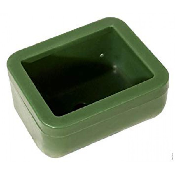 Кормушка пластиковая для жеребят